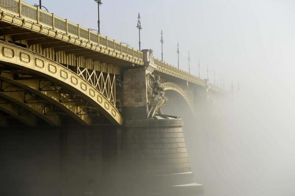 Köd Budapesten