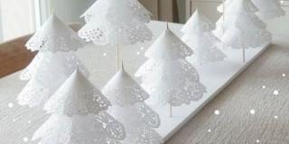 Karácsonyfa papírcsipkéből