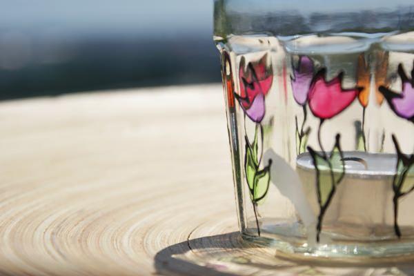 Formás üvegből festett mécsestartó