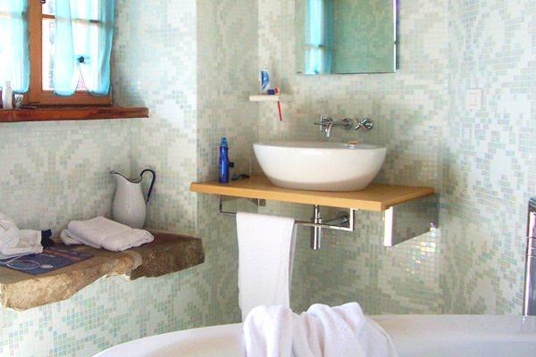 Nelli és Levi házat épít (15.) Csúszásban. A fürdőszoba ...