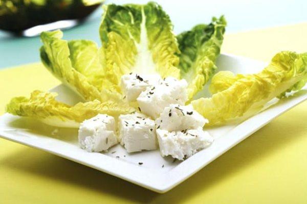 Római saláta fetasajttal
