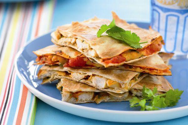 Csirkés quesadilla, a mexikóiak kedvenc szendvicse