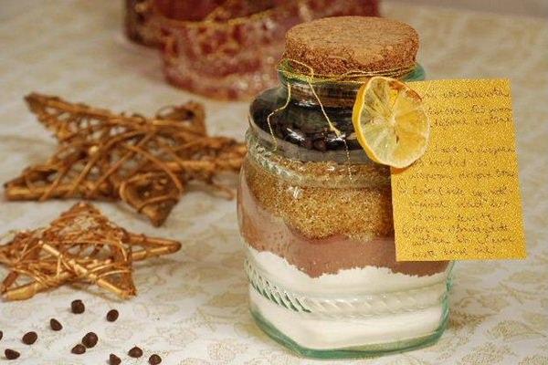 Kreatív gasztroajándék: üvegbe zárt süti