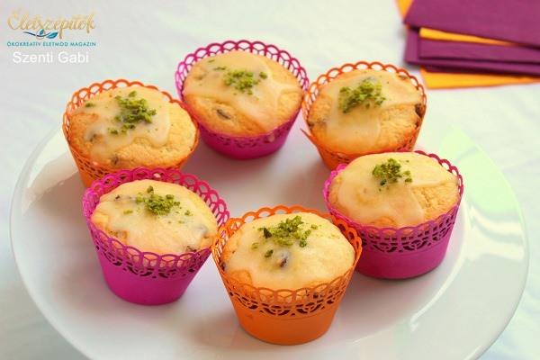 Narancsos-túrós muffin, csokitöltelékkel