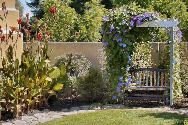 Csodálatos lugasok, romantikus árnyékolók a kertben