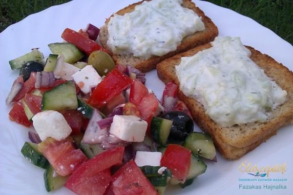 Görög saláta tzatzikis pirítóssal