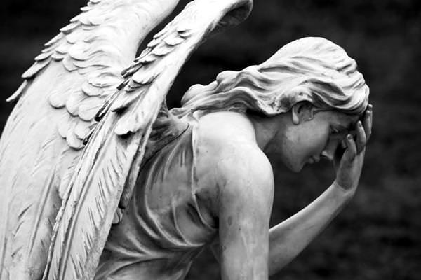 Gyász angyal halál