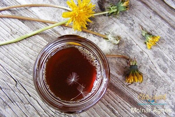 Finomság ehető virágból: így készíthetünk pitypangból szirupot!