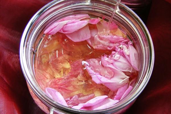 Rózsás méz