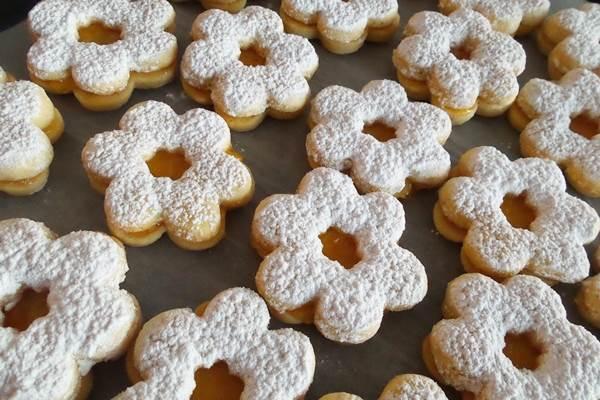 Linzer karácsonyi sütemények