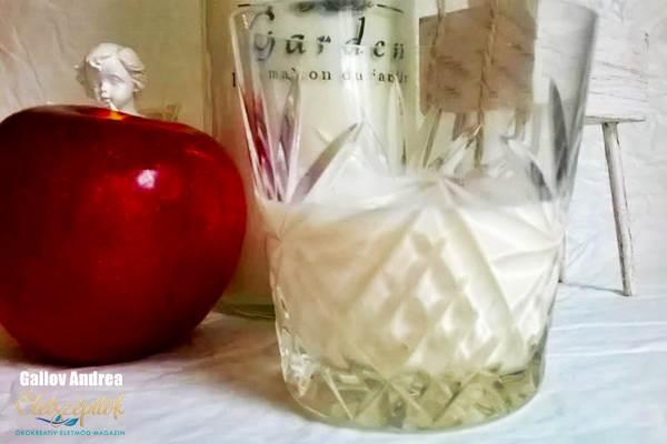 Sült alma krémlikőr