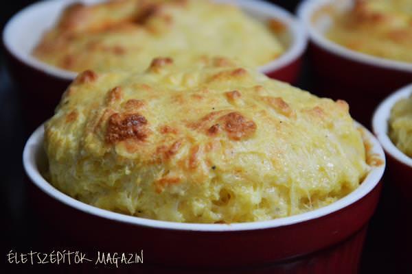 Sós szuflé ebédre, vacsorára: így készül a sajtos felfújt