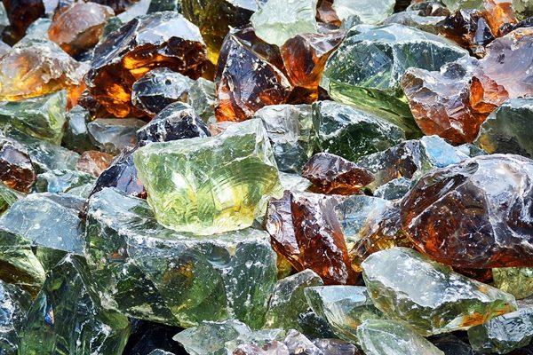 Műanyag- vagy üveglencsék?