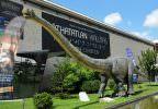 Mókás időutazás: élethű dinók, egyéb ősállatok a Millenárison. Benéztünk a Living Dinosaurs kiállításra