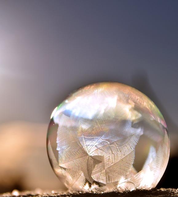 bubble-1958738_640