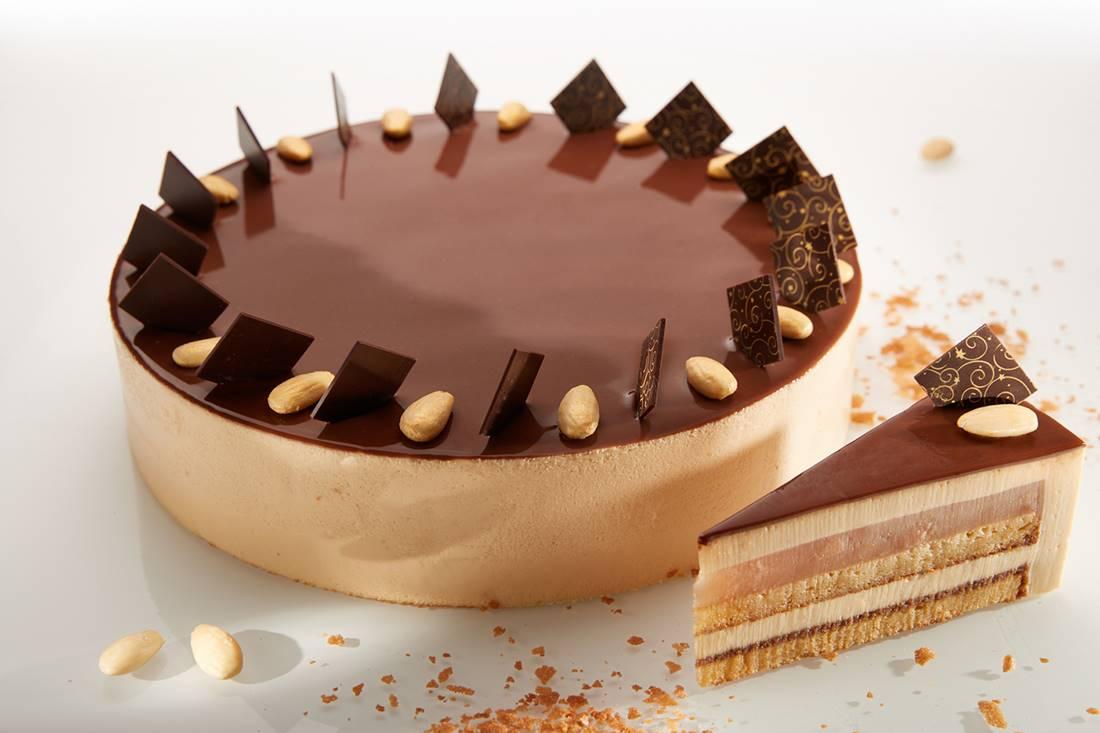 Országtorták 2020-ban: Kíváncsiság és Szentivánéji álom. Augusztus 14-től adják közre a tortákat kínáló cukrászdák listáját